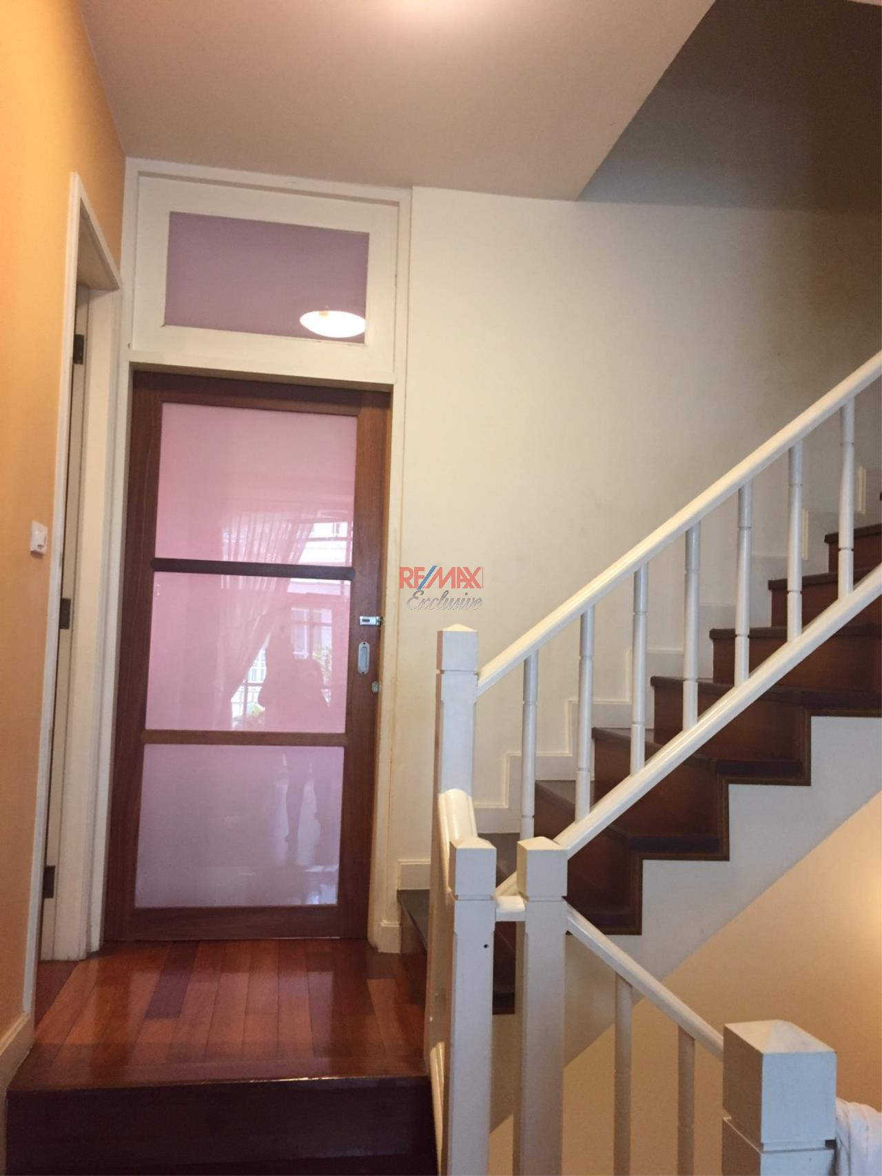 RE/MAX Exclusive Agency's Charming Townhouse Ekamai 4 Bedrooms Secured Compound 32