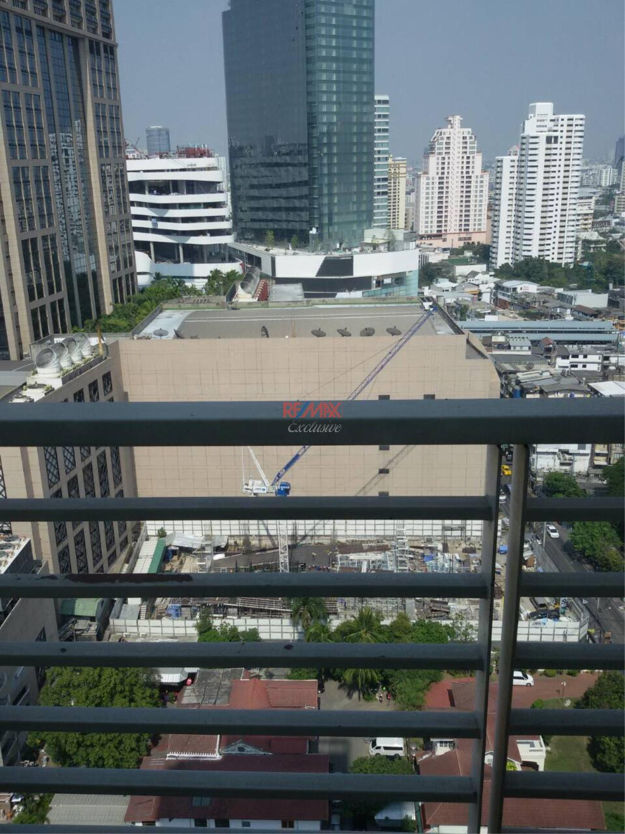 RE/MAX Exclusive Agency's SIRI RESIDENCE, Sukhumvit 24, 1 Bedroom, 60 Sqm. Fully-Furnished, HIGH FLOOR, CIty View, RENT and SALE !!! 1