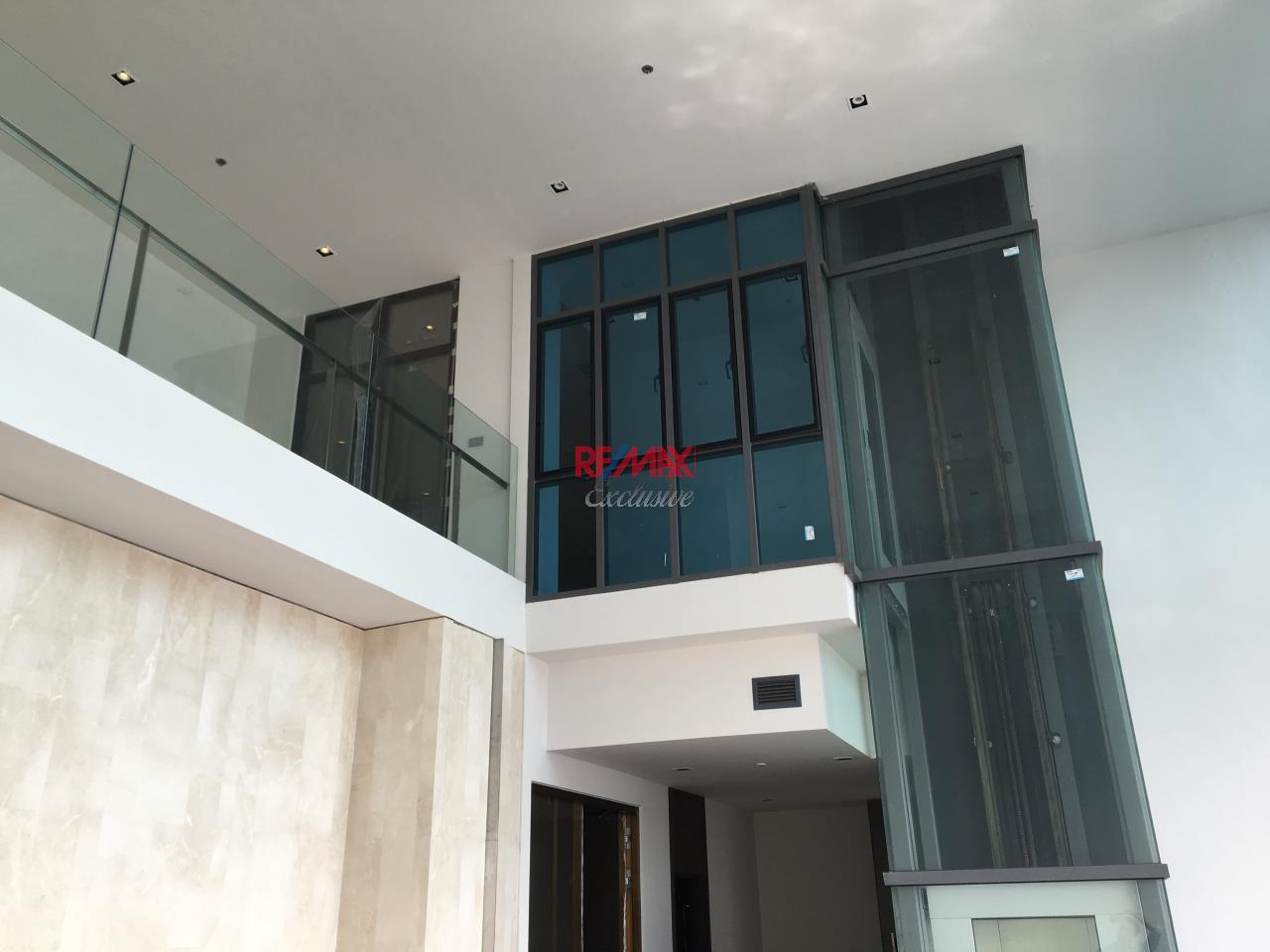 RE/MAX Exclusive Agency's Penthouse Hyde 13, Duplex 492SQM, Top Floor, 3 Bedroom 19