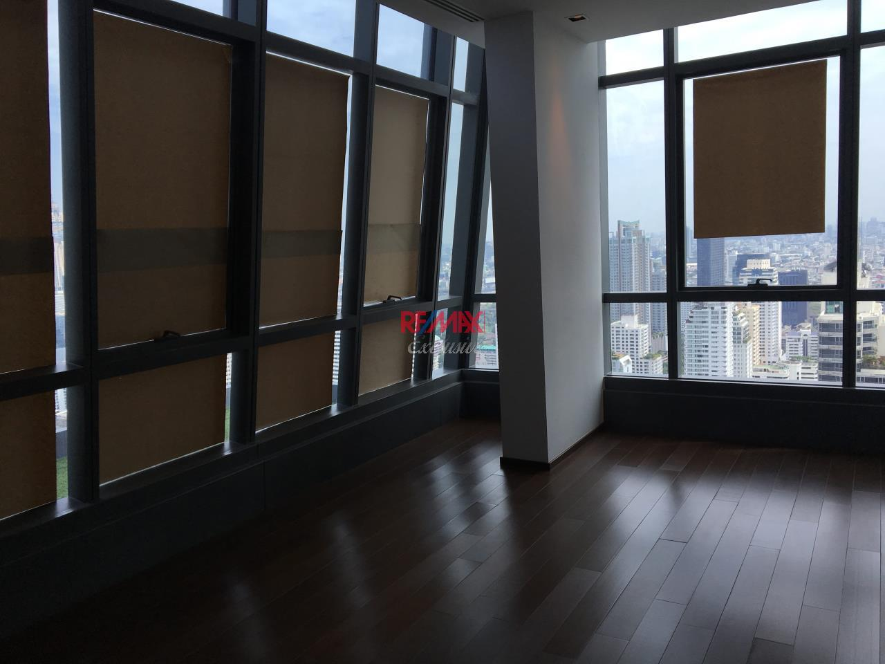 RE/MAX Exclusive Agency's Penthouse Hyde 13, Duplex 492SQM, Top Floor, 3 Bedroom 12