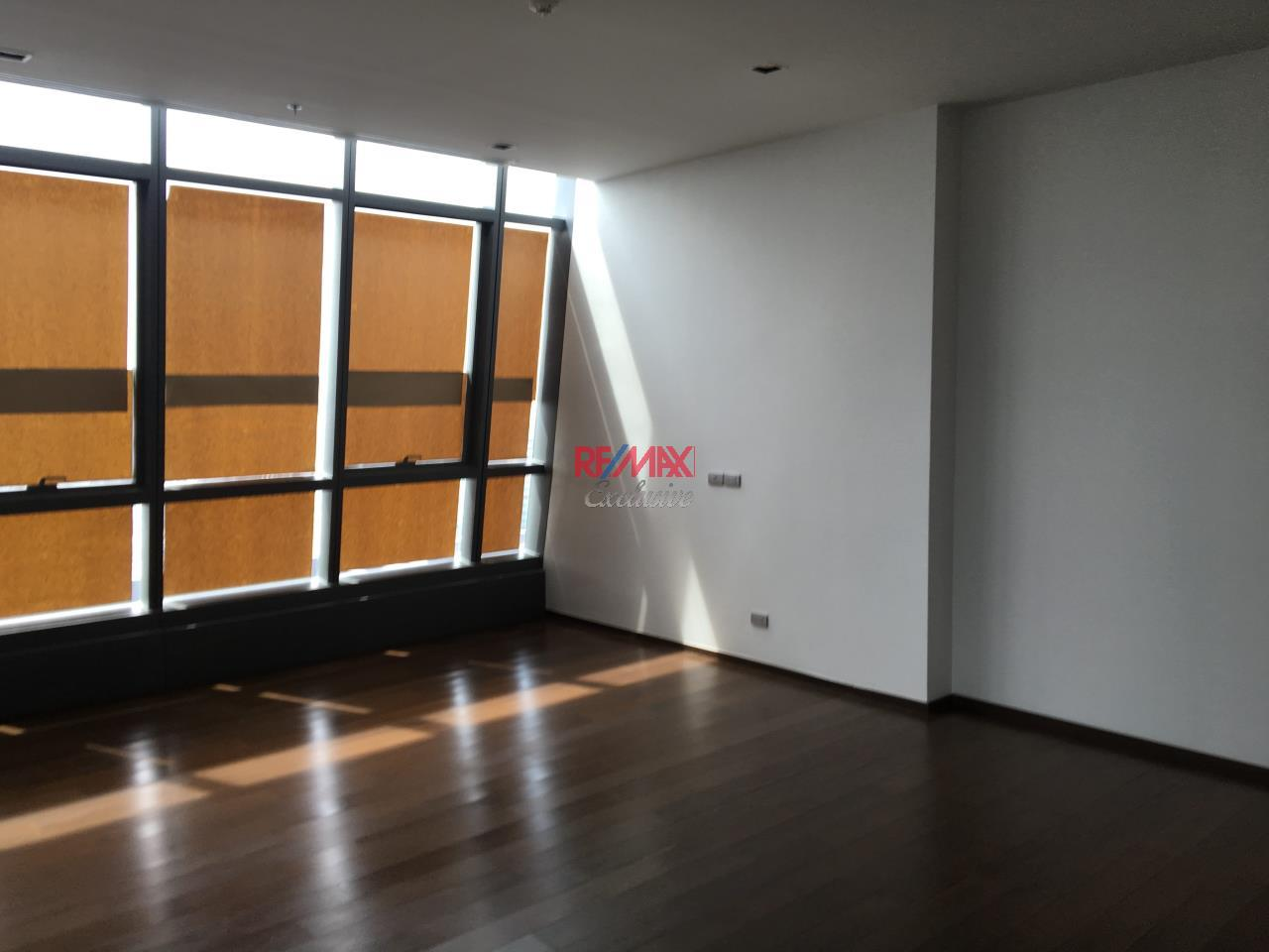 RE/MAX Exclusive Agency's Penthouse Hyde 13, Duplex 492SQM, Top Floor, 3 Bedroom 21