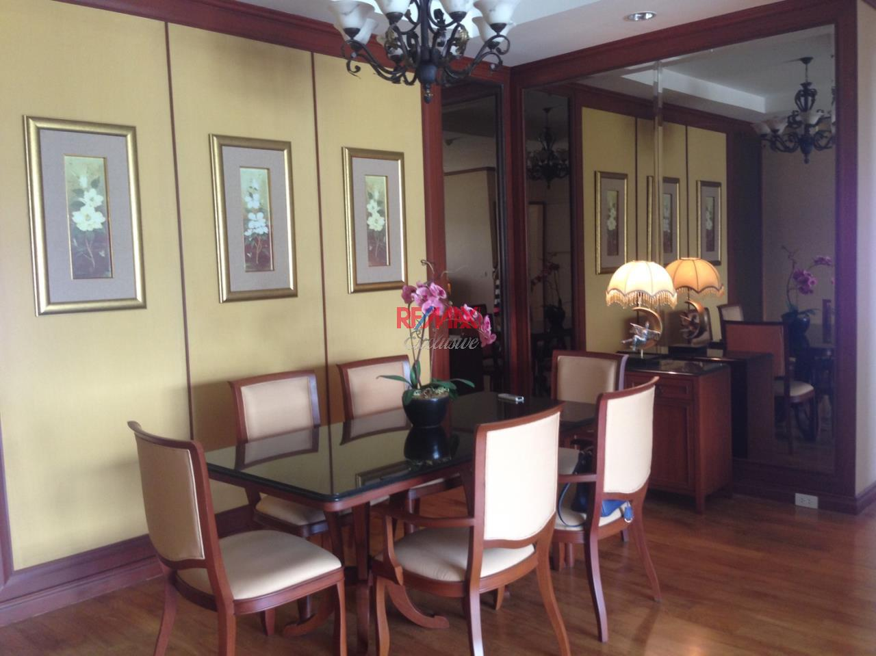 RE/MAX Exclusive Agency's The Bangkok, Sukhumvit 43, 2 Bedroom, 115 Sqm. Fully-Furnished - Ready to move in !!! 4