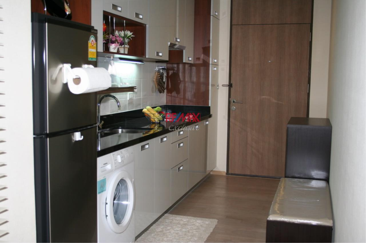 RE/MAX Exclusive Agency's NOBLE REMIX, Sukhumvit 36, 62 Sqm., 1 Bedroom, Fully-Furnished, European Style Decoration - RENT !! 2