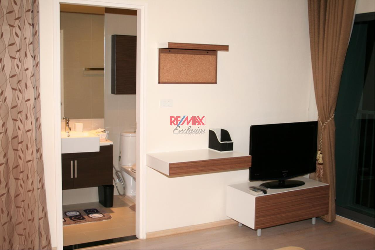 RE/MAX Exclusive Agency's NOBLE REMIX, Sukhumvit 36, 62 Sqm., 1 Bedroom, Fully-Furnished, European Style Decoration - RENT !! 14