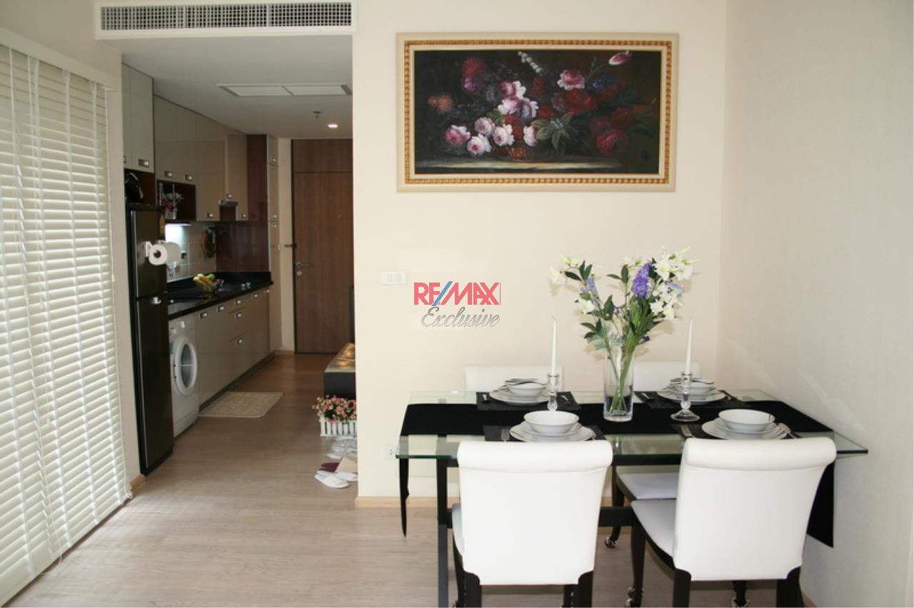 RE/MAX Exclusive Agency's NOBLE REMIX, Sukhumvit 36, 62 Sqm., 1 Bedroom, Fully-Furnished, European Style Decoration - RENT !! 21