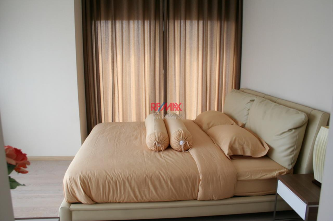 RE/MAX Exclusive Agency's NOBLE REMIX, Sukhumvit 36, 62 Sqm., 1 Bedroom, Fully-Furnished, European Style Decoration - RENT !! 22