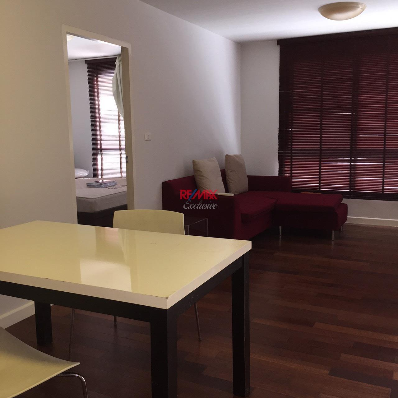 RE/MAX Exclusive Agency's The 49 PLUS 2, Sukhumvit 49, 1 Bedroom, 54 Sqm., Fully-Furnished,. For RENT !! Best Price 1
