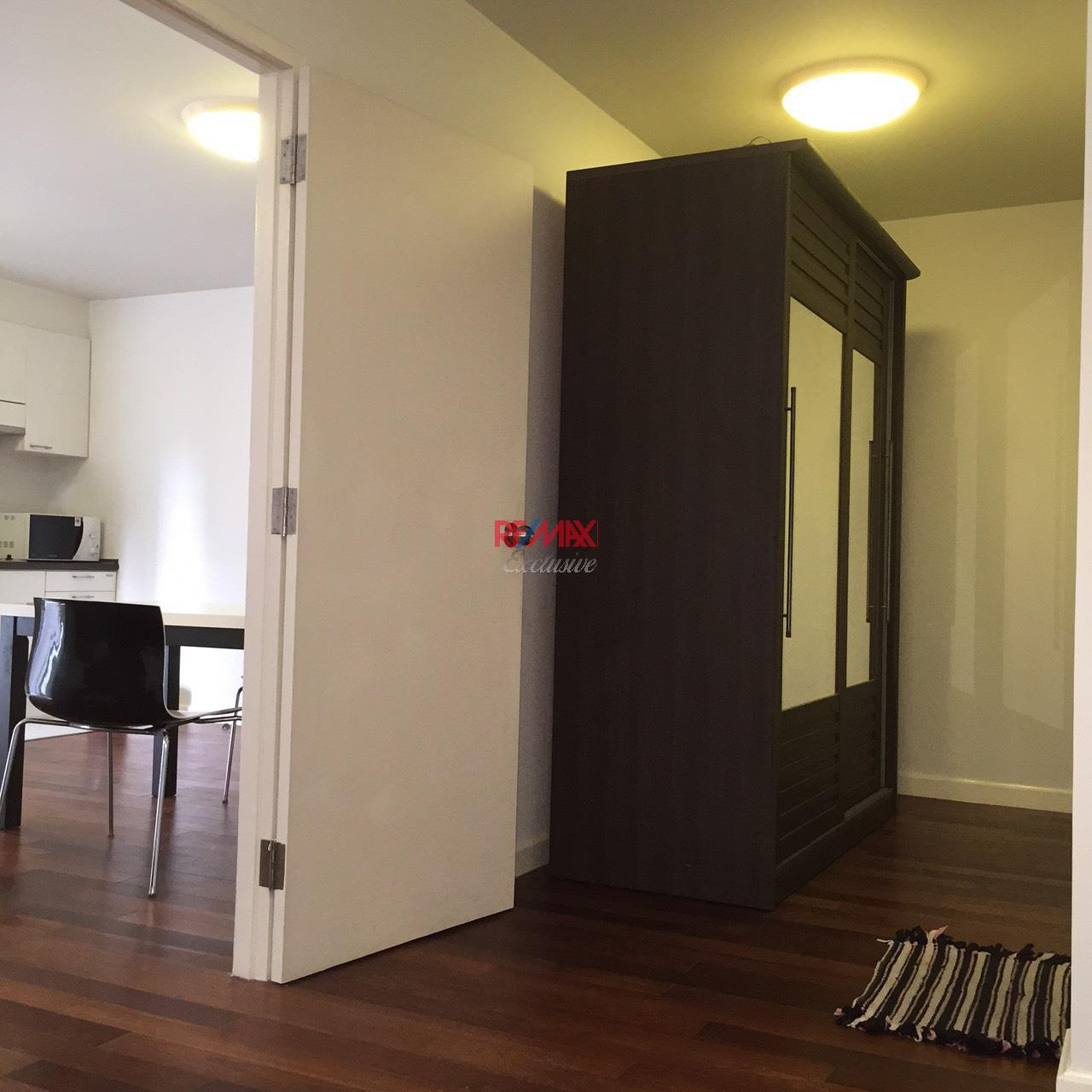 RE/MAX Exclusive Agency's The 49 PLUS 2, Sukhumvit 49, 1 Bedroom, 54 Sqm., Fully-Furnished,. For RENT !! Best Price 6