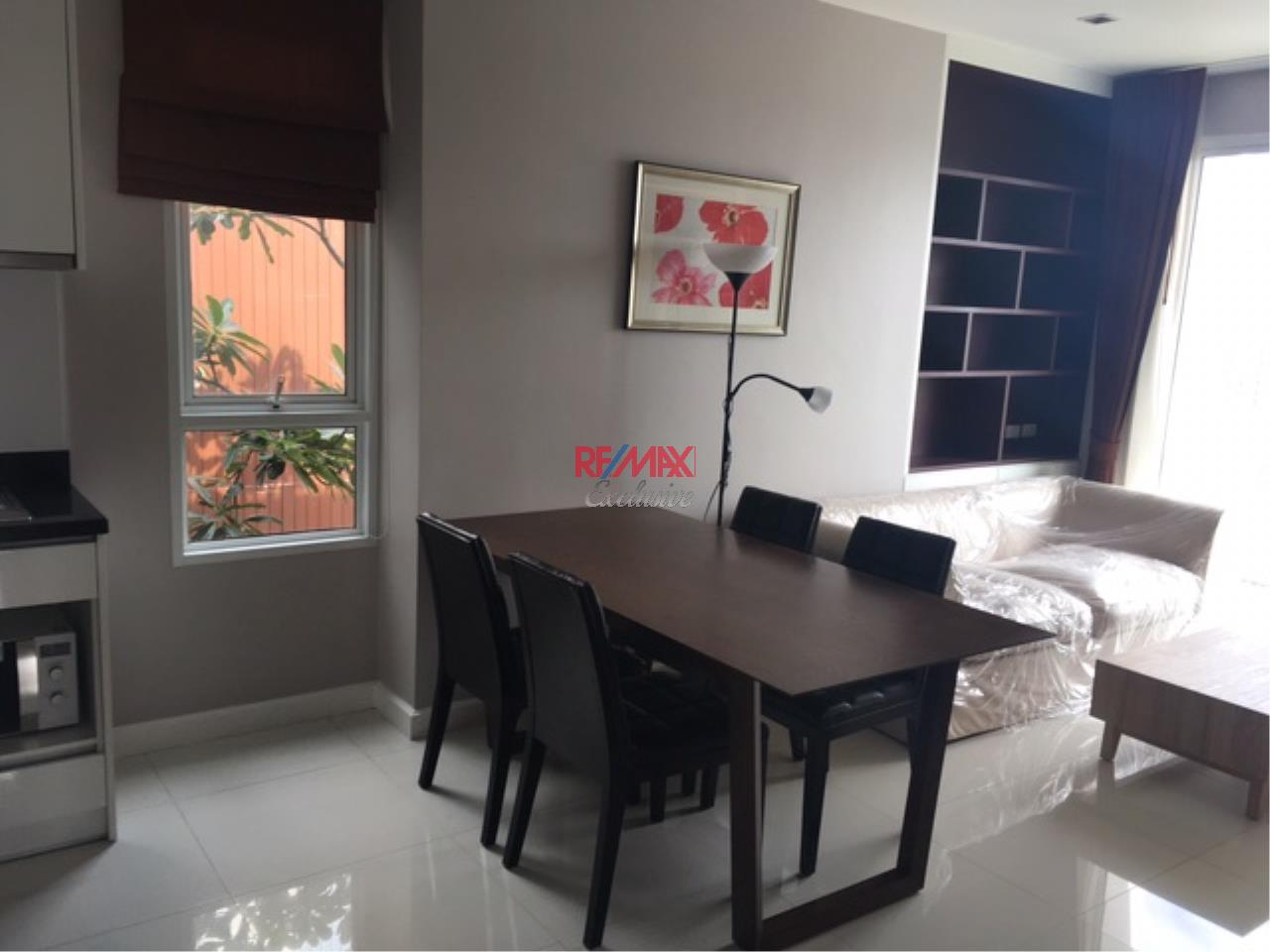 RE/MAX Exclusive Agency's The BLOOM, Sukhumvit 71.,2 Bedroom, 59 Sqm., Fully-Furnished, EXCLUSIVE UNIT, TOP FLOOR for RENT !! 4