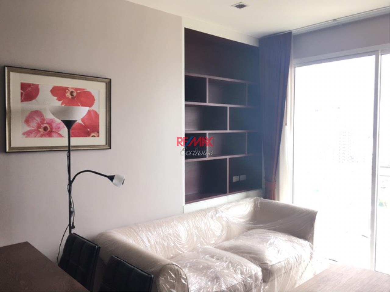 RE/MAX Exclusive Agency's The BLOOM, Sukhumvit 71.,2 Bedroom, 59 Sqm., Fully-Furnished, EXCLUSIVE UNIT, TOP FLOOR for RENT !! 1