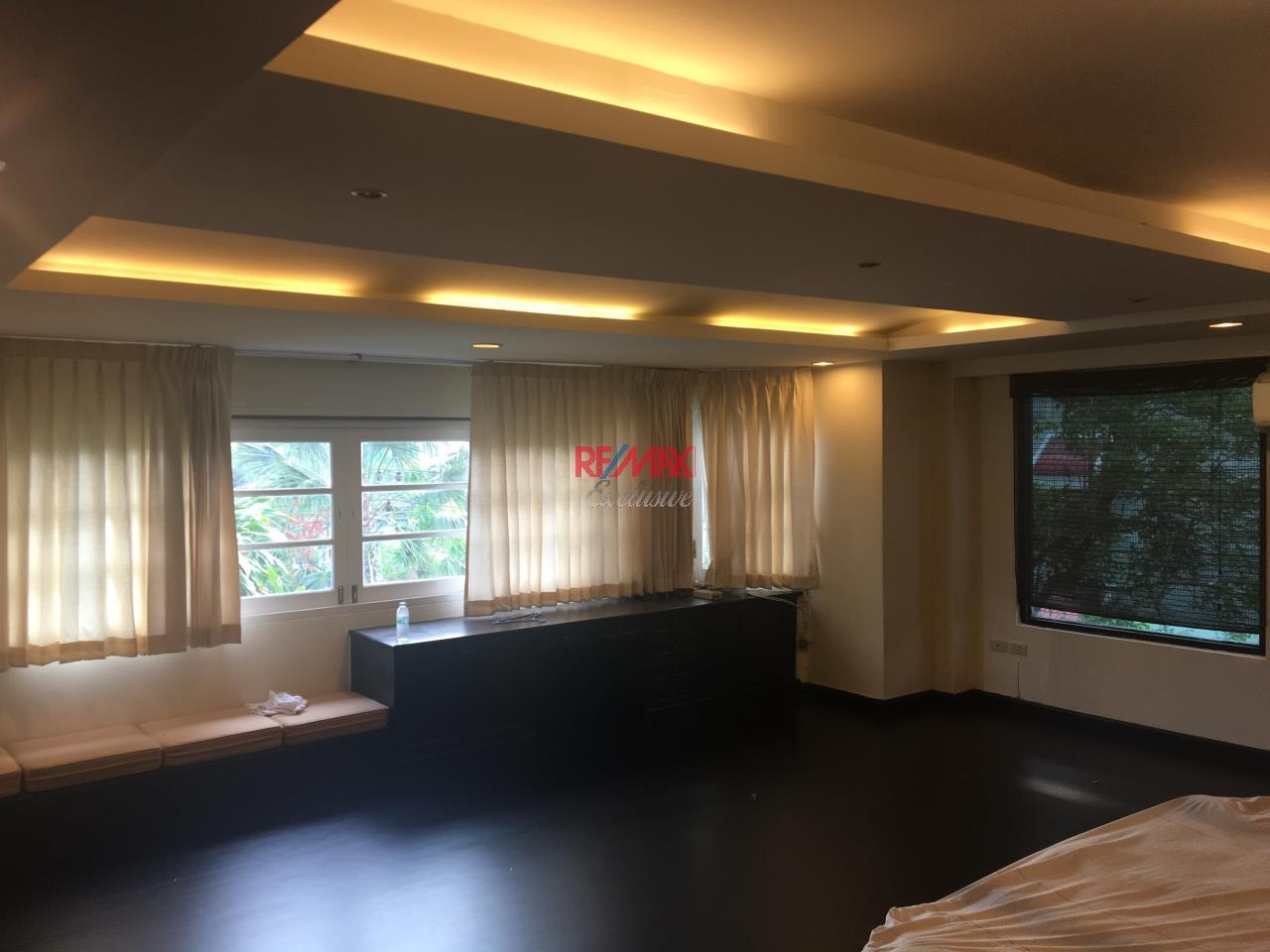 RE/MAX Exclusive Agency's Townhouse in Thonglor 3 bedroom 5 bathroom  14