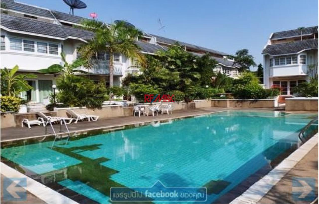 RE/MAX Exclusive Agency's Townhouse in Thonglor 3 bedroom 5 bathroom  3