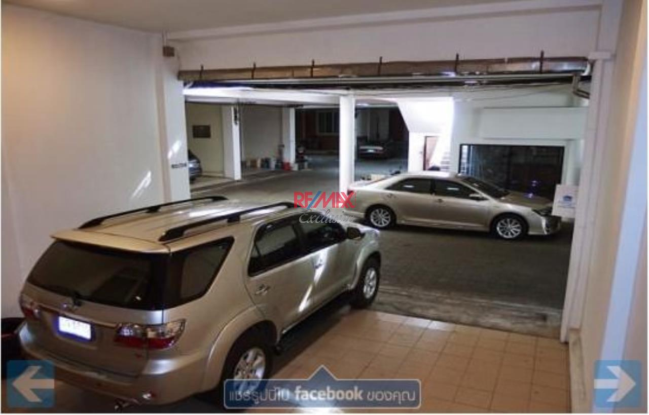 RE/MAX Exclusive Agency's Townhouse in Thonglor 3 bedroom 5 bathroom  11