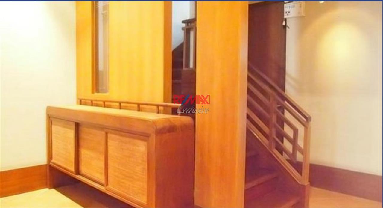 RE/MAX Exclusive Agency's Townhouse in Thonglor 3 bedroom 5 bathroom  19