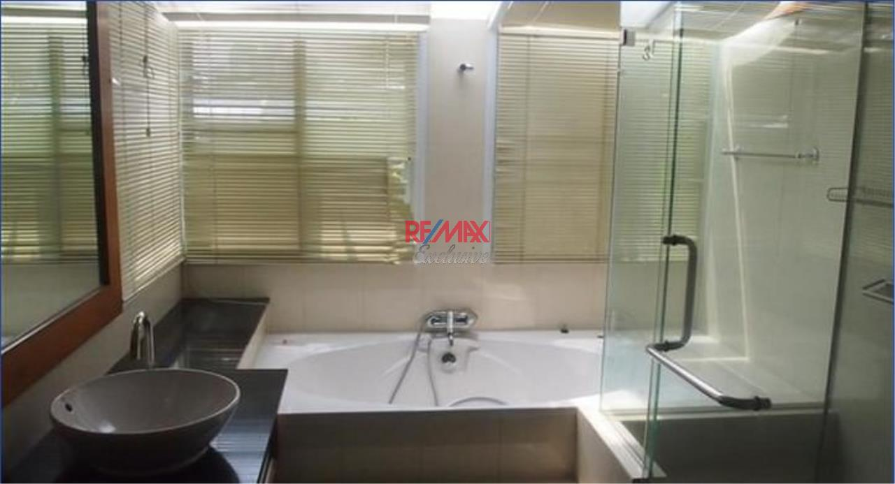 RE/MAX Exclusive Agency's Townhouse in Thonglor 3 bedroom 5 bathroom  36