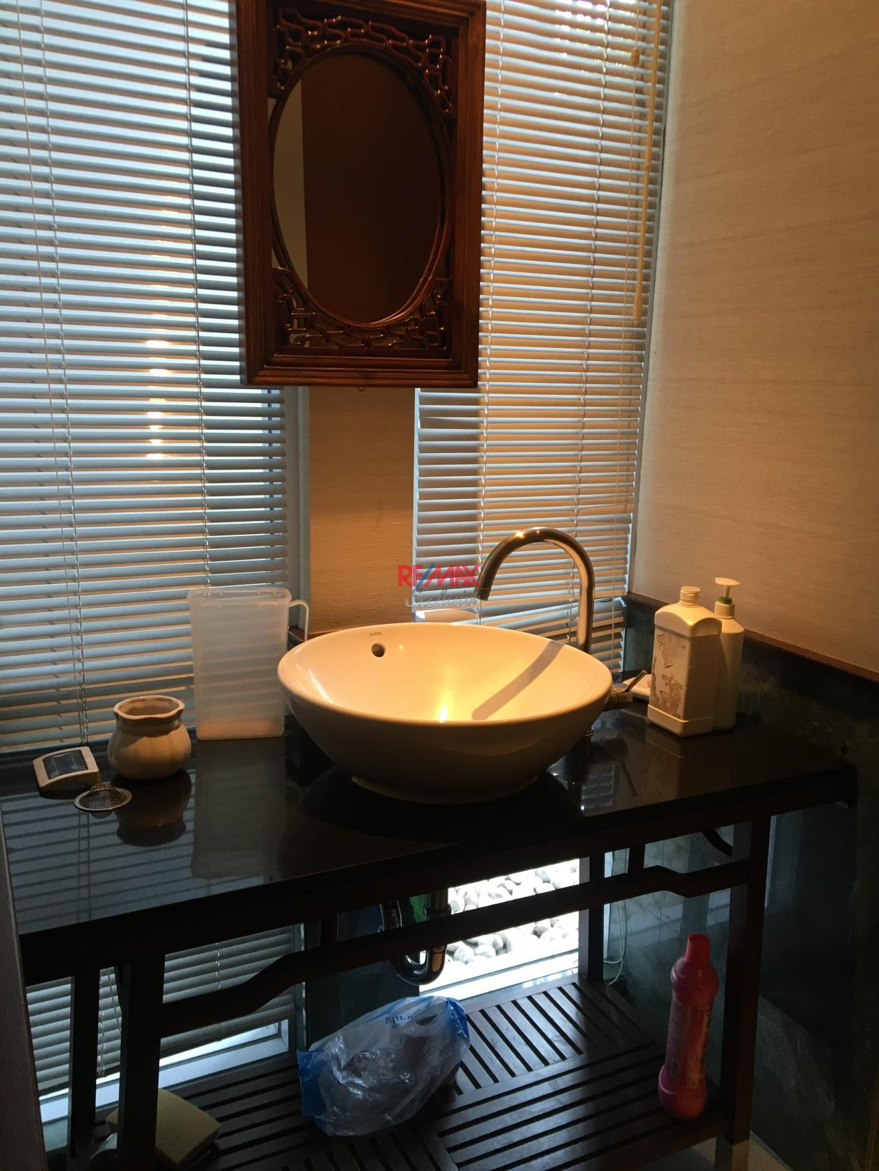 RE/MAX Exclusive Agency's Townhouse in Thonglor 3 bedroom 5 bathroom  41