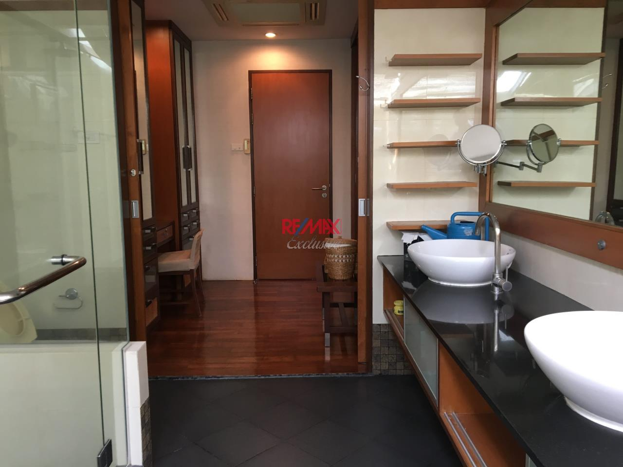 RE/MAX Exclusive Agency's Townhouse in Thonglor 3 bedroom 5 bathroom  34