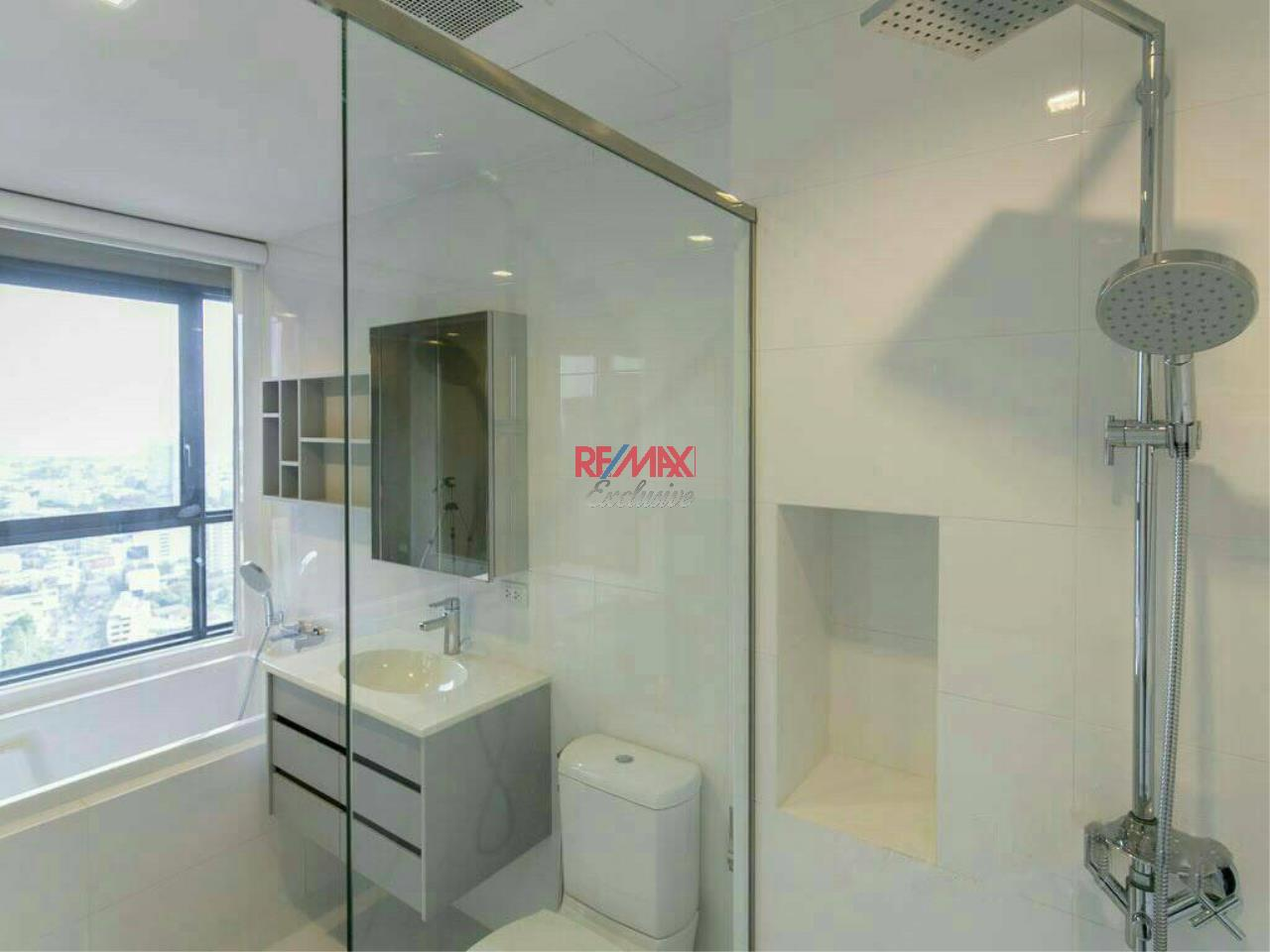 RE/MAX Exclusive Agency's HQ Thonglor., 1 Bedroom DUPLEX, 80 Sqm. Fully-Furnished, Stunning View For Sale with Tenant !!! 4