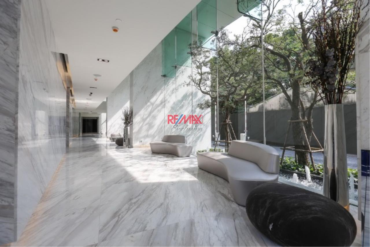 RE/MAX Exclusive Agency's HQ Thonglor., 2 Bedroom, 79 Sqm. Fully-Furnished, for RENT and SALE !!! 2