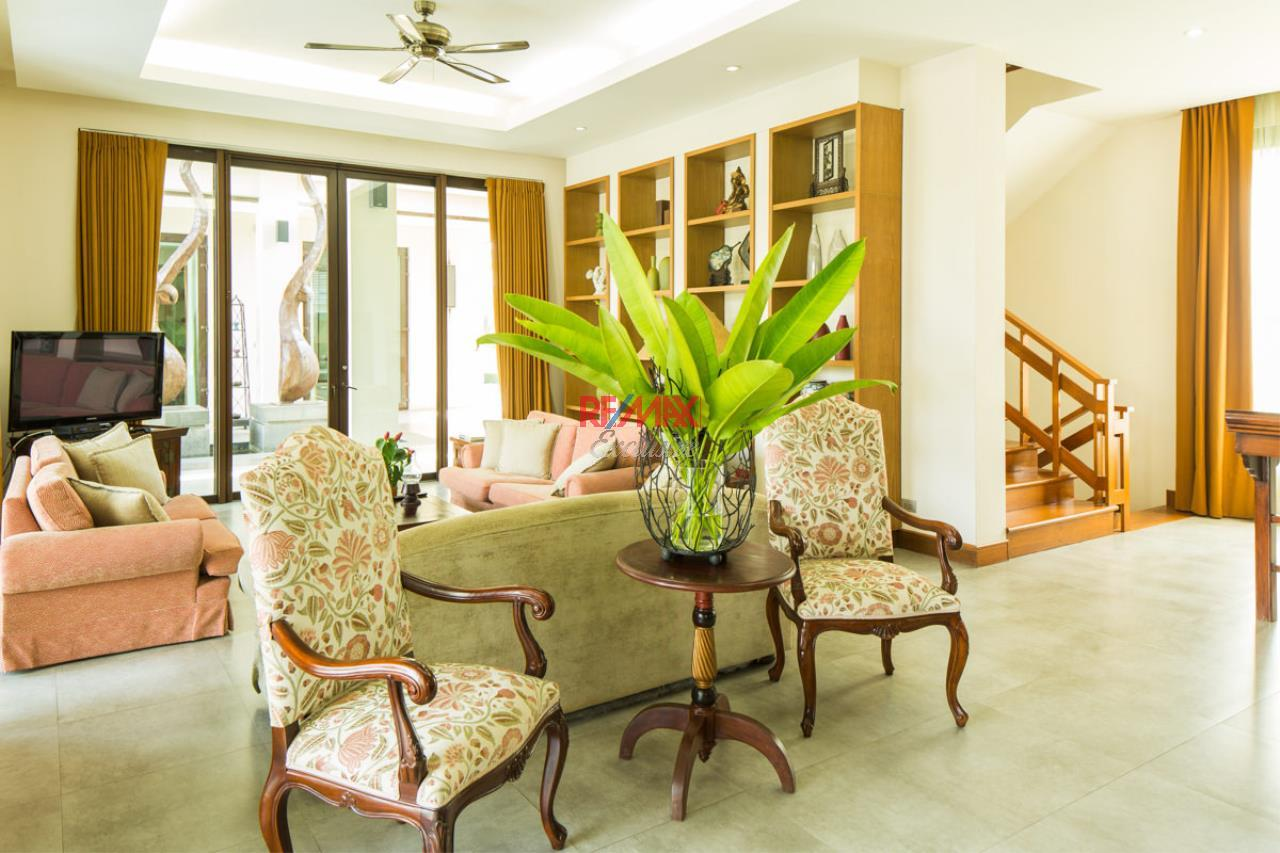 RE/MAX Exclusive Agency's Luxurious Resorts Style Villa For Sale 14