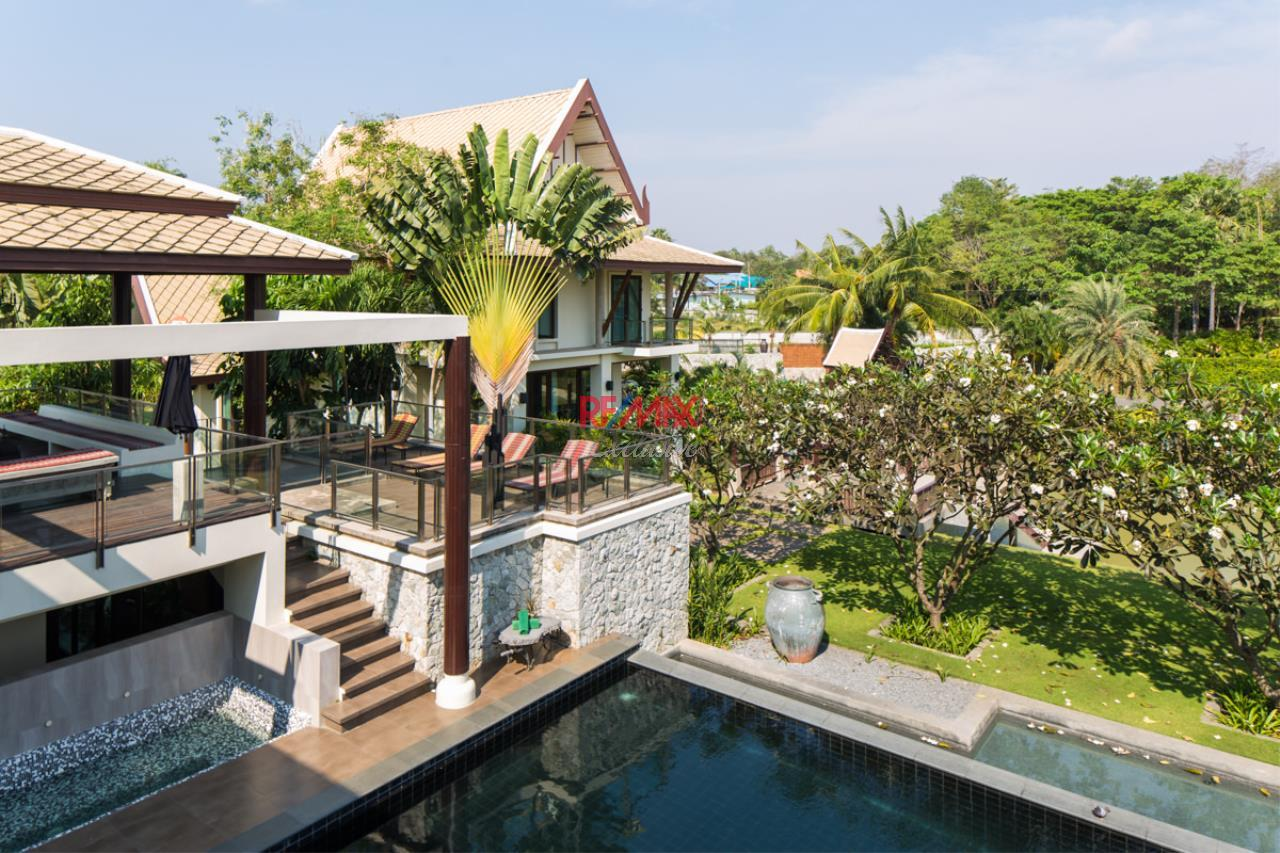 RE/MAX Exclusive Agency's Luxurious Resorts Style Villa For Sale 18