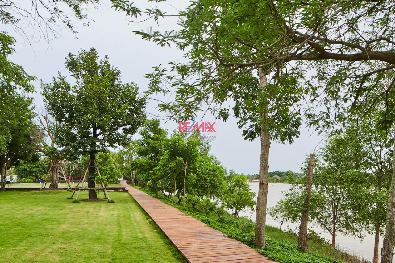 RE/MAX Exclusive Agency's House by the River For Sale 31
