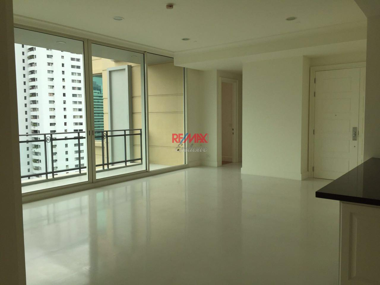 RE/MAX Exclusive Agency's Royce Private Residence, 3 Bedroom 142 Sqm. for Rent and Sale Brand New 5