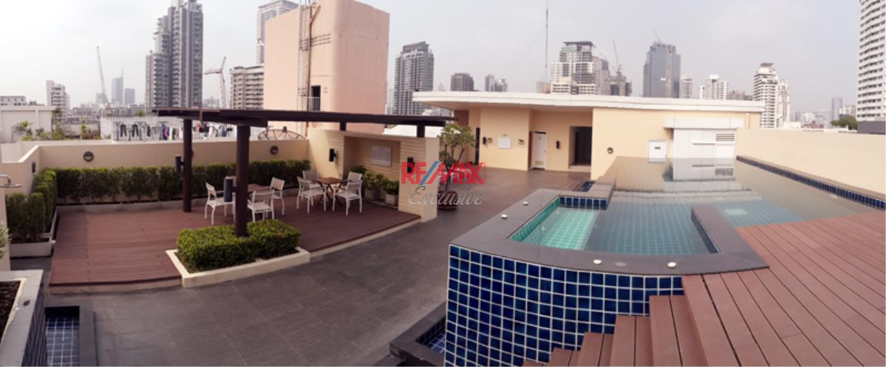 RE/MAX Exclusive Agency's The Alcove 49, 2 Bedroom 68 Sqm. for Rent 1