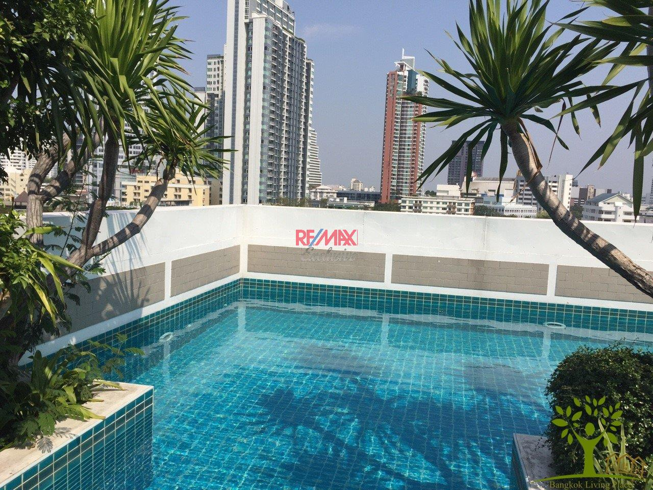 RE/MAX Exclusive Agency's Plus 38 Hip, 2 Bedroom 100 Sqm. for Rent and Sale 2