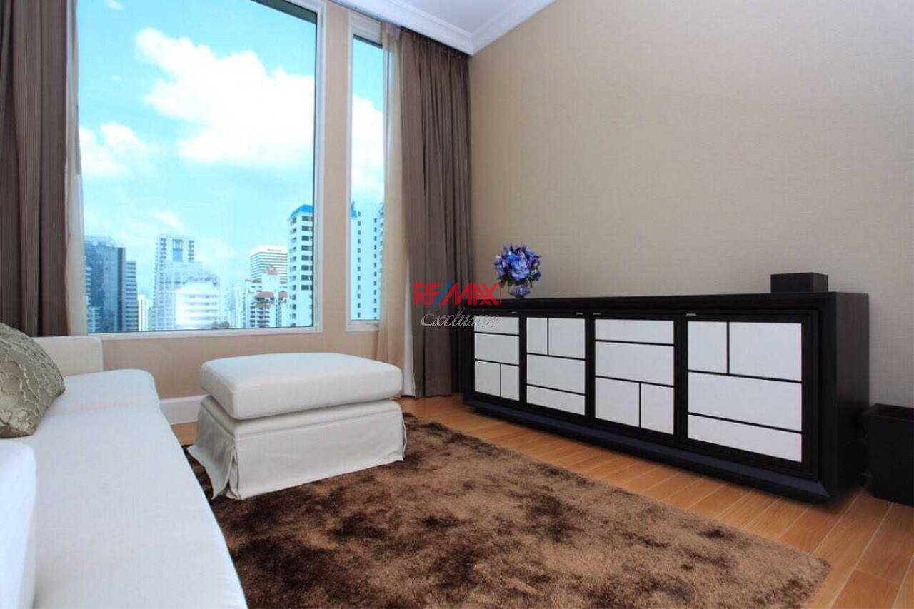 RE/MAX Exclusive Agency's Royce Private Resident 3 Bedroom for Sale 4