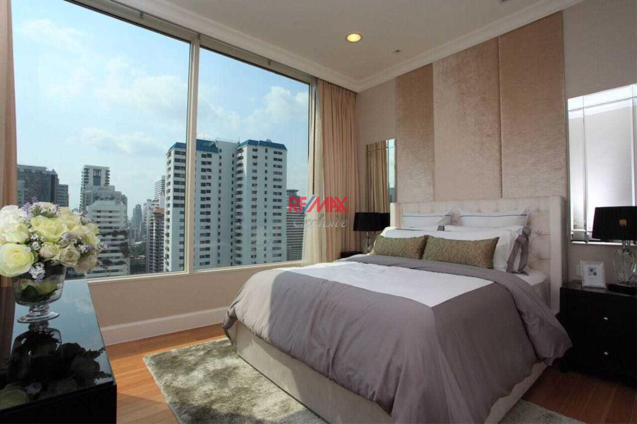 RE/MAX Exclusive Agency's Royce Private Resident 3 Bedroom for Sale 5