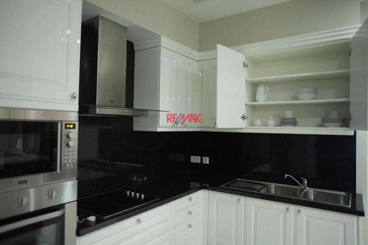 RE/MAX Exclusive Agency's Royce Private Resident 3 Bedroom for Sale 14