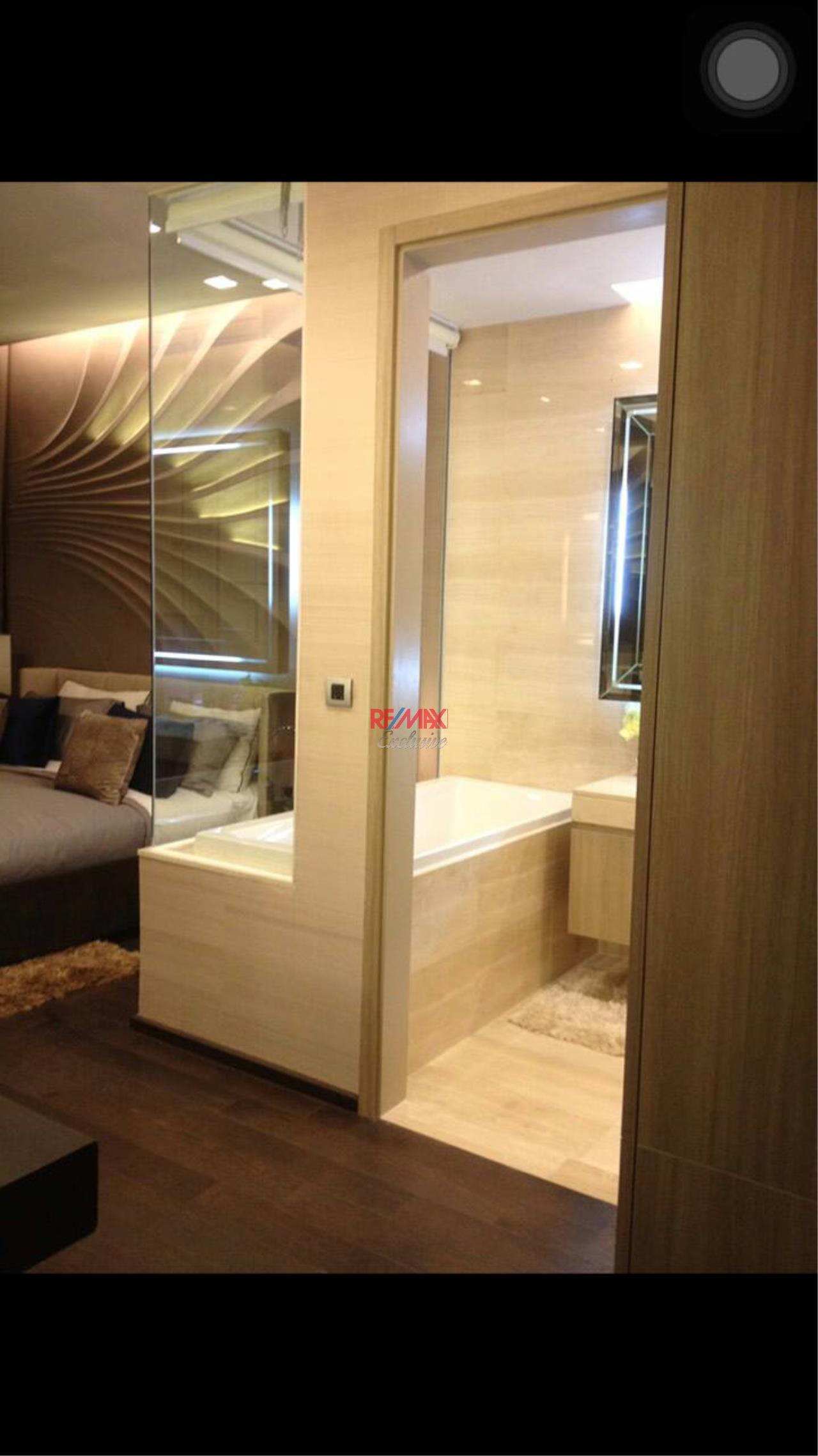 RE/MAX Exclusive Agency's The XXXIX By Sansiri 1 Bedroom For Sale with Tenant 15,200,000 THB!! 4