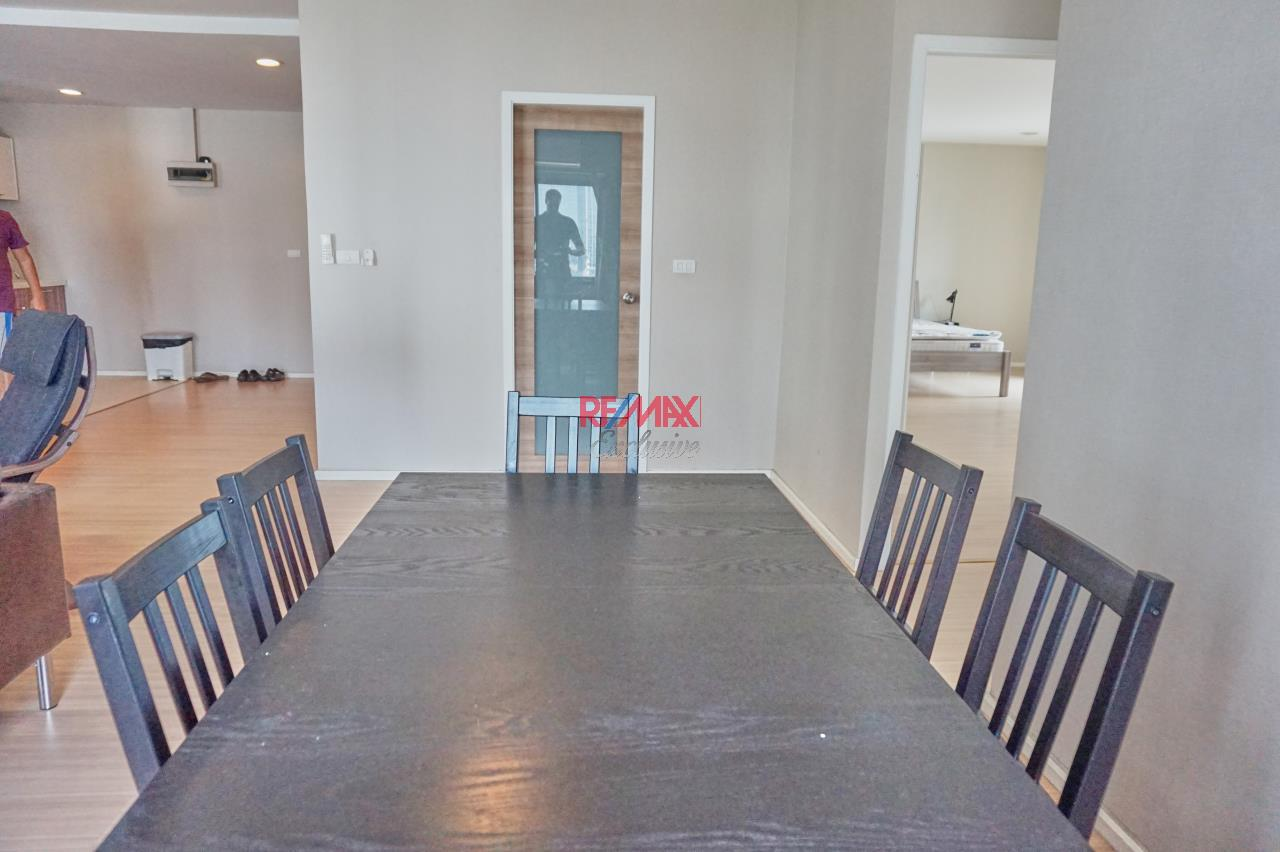 RE/MAX Exclusive Agency's Renova Residence Chitlom, 3 bedroom, 142 sqm - For Rent 9