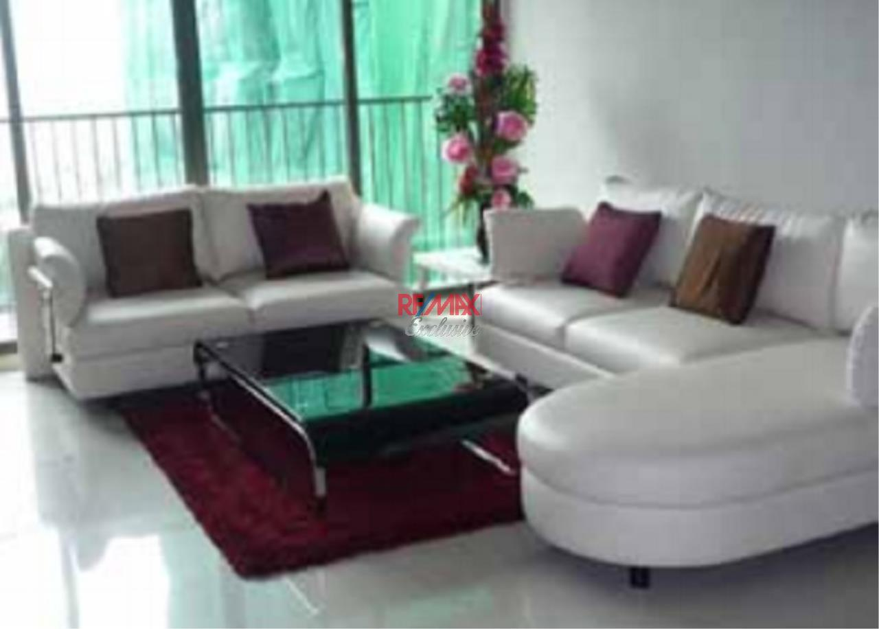 RE/MAX Exclusive Agency's Noble Solo 2 Bedroom combine unit for rent 1