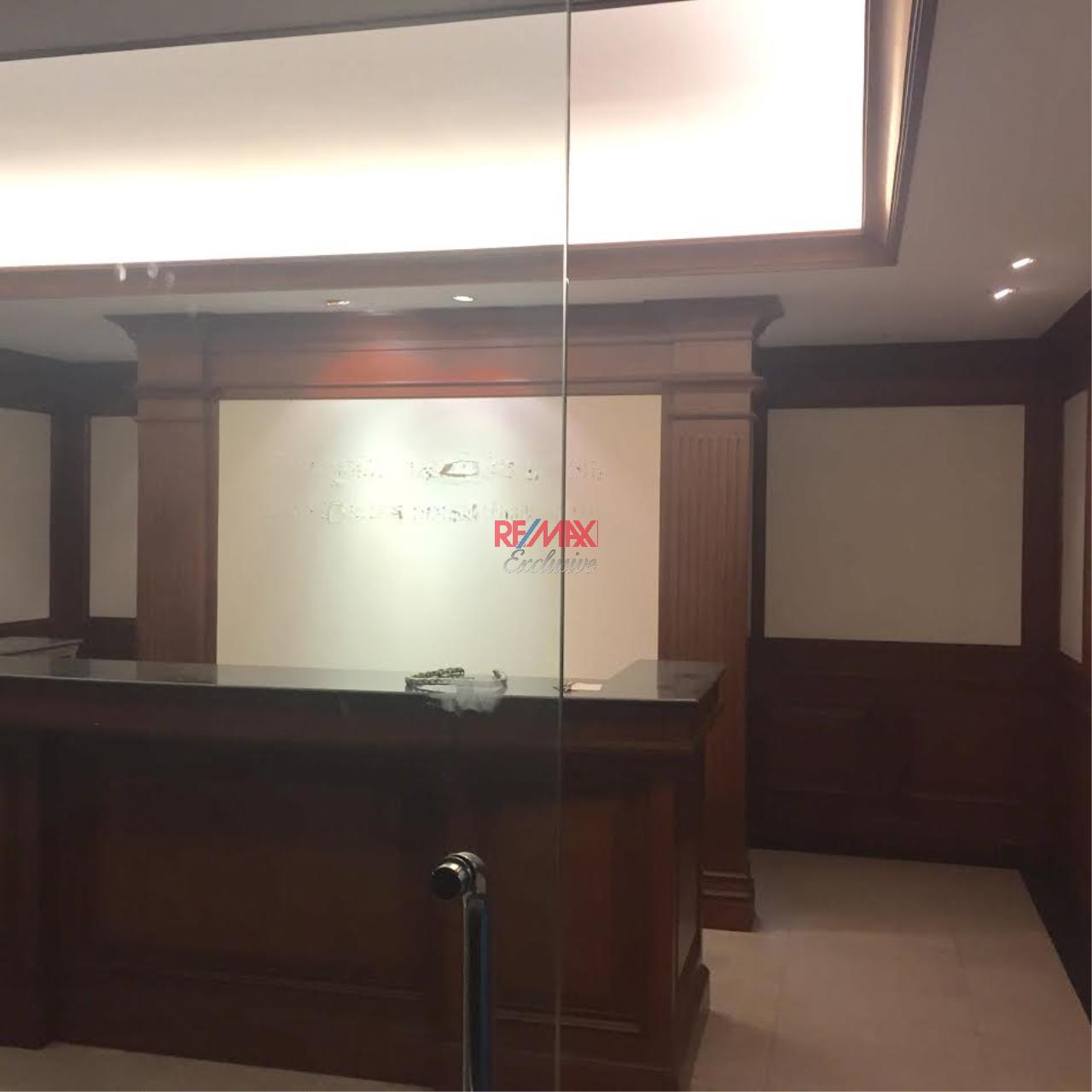 RE/MAX Exclusive Agency's PS Tower Office Space for Rent in Downtown of Sukhumvit 225,000/ month   8