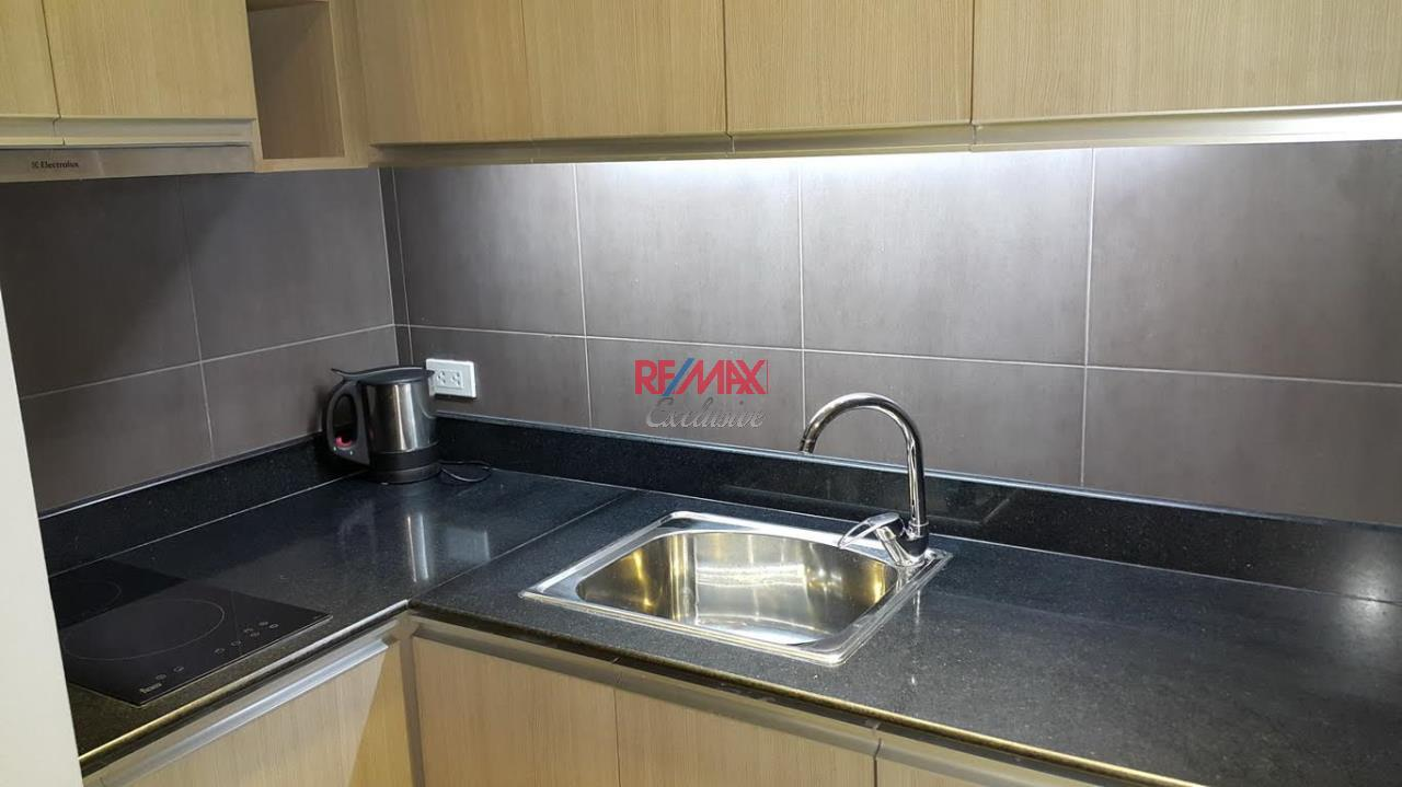 RE/MAX Exclusive Agency's Newly Renovated Omni Tower 2 bedroom for sale 5500000 Good Price 8