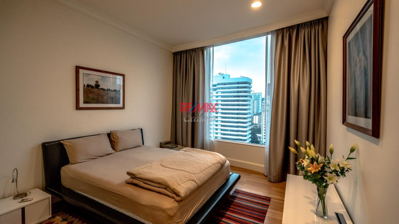 RE/MAX Exclusive Agency's Royce Residence, 3 Bedroom, 178 Sqm - For Rent 9