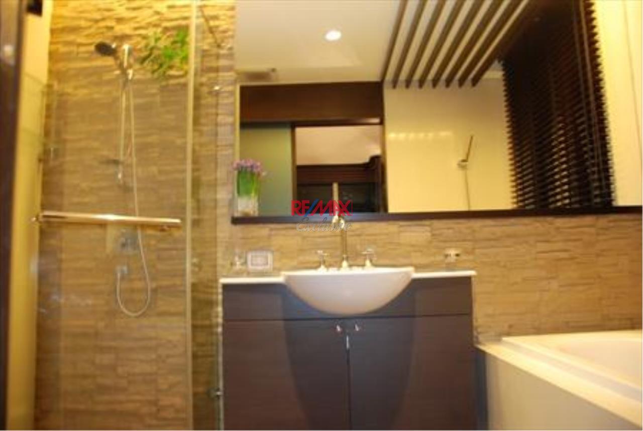 RE/MAX Exclusive Agency's Watermark Chaopraya 5 Star Condo 2 Bedroom for rent 4