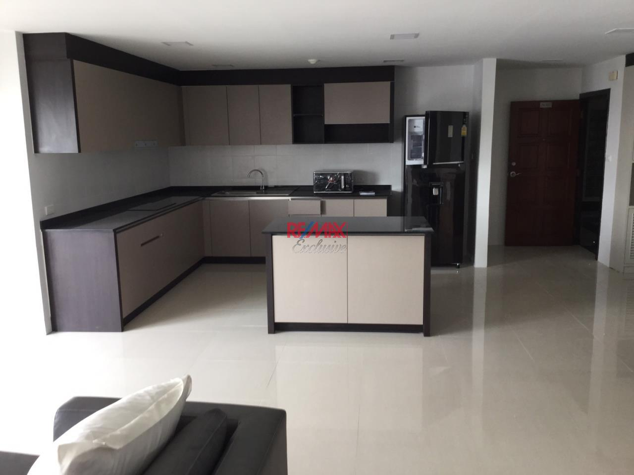 RE/MAX Exclusive Agency's Richmond Palace 2 bedroom for sale newly renovated 16000000 1