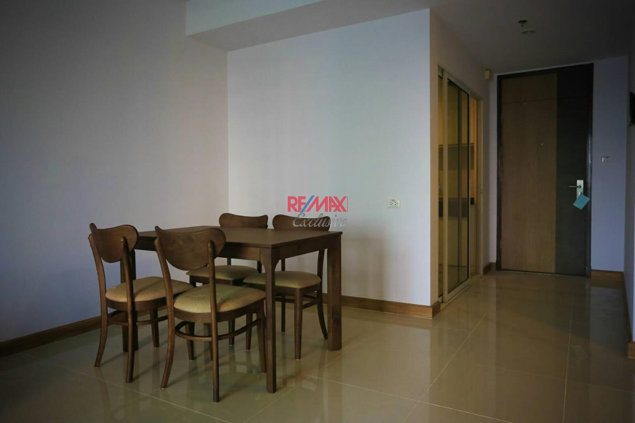 RE/MAX Exclusive Agency's Supalai River Resort 2 bedroom for rent with river view 13