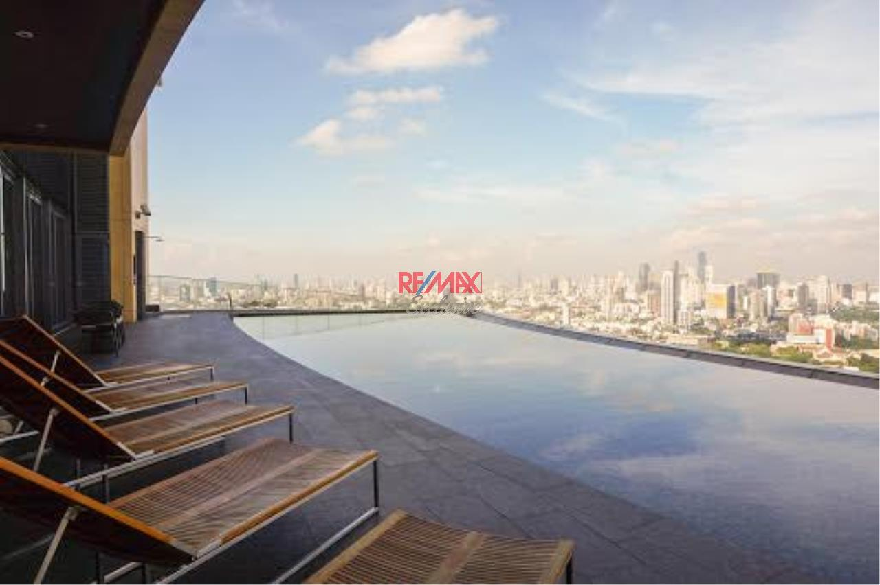 RE/MAX Exclusive Agency's The Lumpini 24 2 bedroom for rent and sale 51,000 for rent 16,000,000 for sale 26
