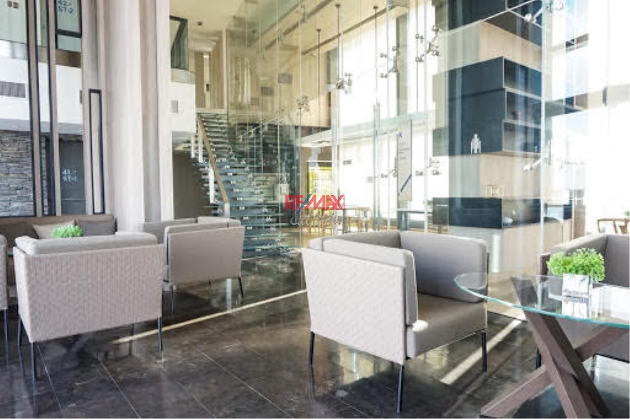 RE/MAX Exclusive Agency's The Lumpini 24 2 bedroom for rent and sale 51,000 for rent 16,000,000 for sale 31