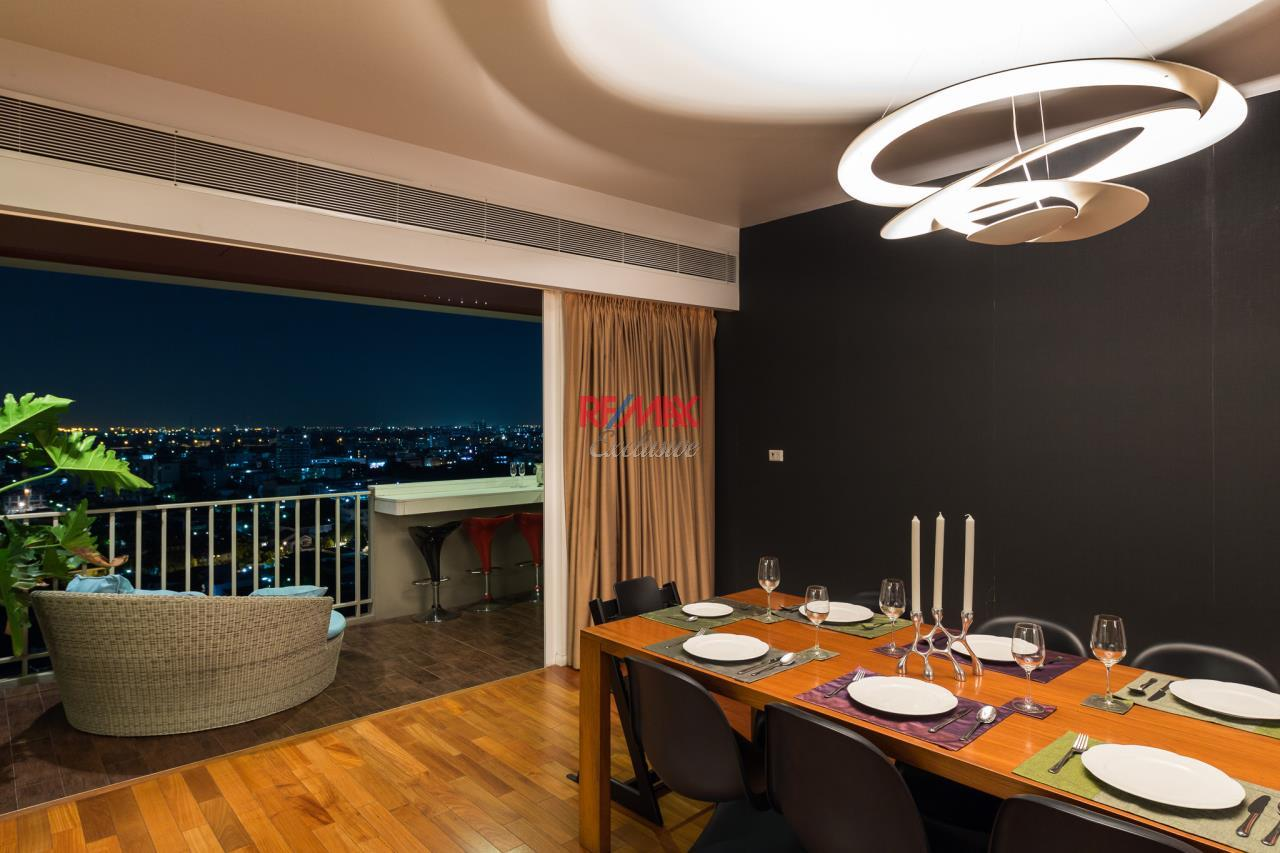 RE/MAX Exclusive Agency's Phatssana Gardens - Modern Luxury 4 Bedroom Condo - For Sale - 28,300,000 THB 2