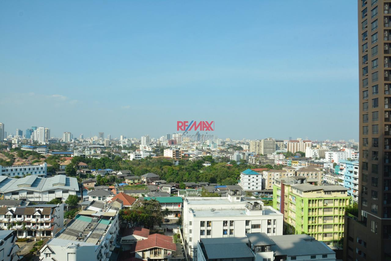 RE/MAX Exclusive Agency's Le Luk Studio 39.01 SQM for sale 5,500,000 THB 8