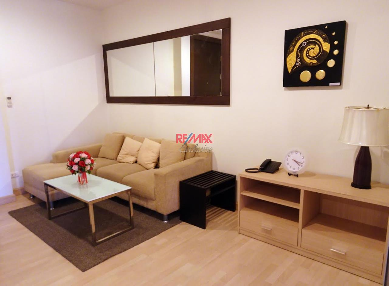 RE/MAX Exclusive Agency's Rhythm Ratchada 1 Bedroom with Sky Kitchen for Rent 20,000 THB 2