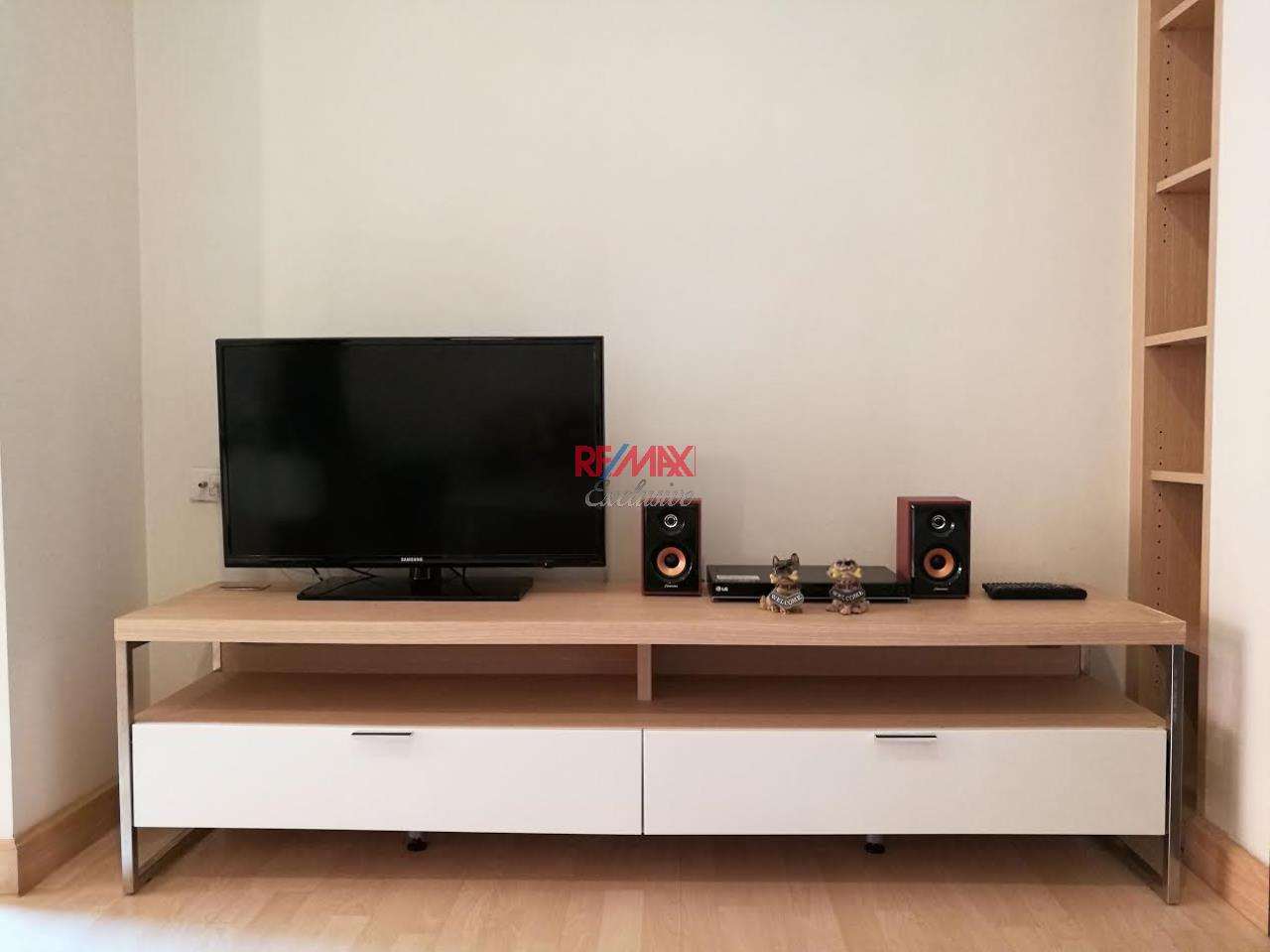 RE/MAX Exclusive Agency's Rhythm Ratchada 1 Bedroom with Sky Kitchen for Rent 20,000 THB 12