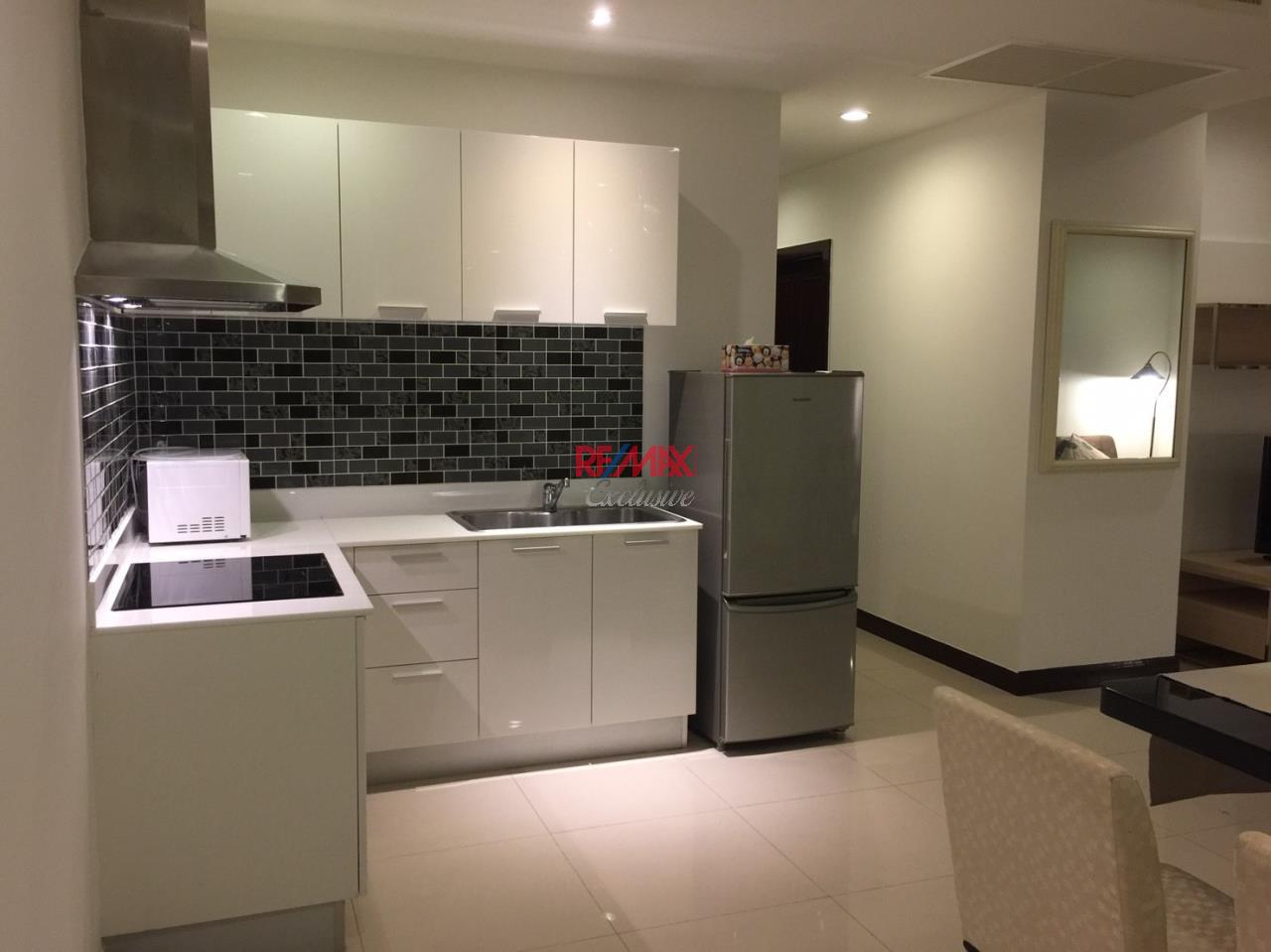 RE/MAX Exclusive Agency's Prime 11 2 Bedroom High Floor for rent and sale !!!!!!!!! 5