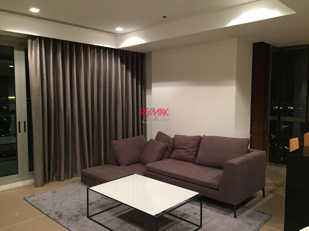 RE/MAX Exclusive Agency's The River Condo 2 Bedrooms, 110 Sqm., Corner Unit Facing Peninsular View For Sale 26,900,000 THB 1