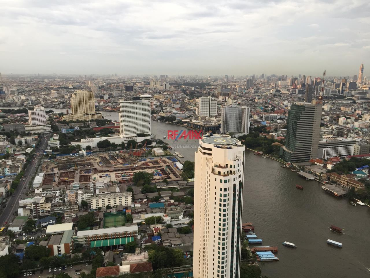 RE/MAX Exclusive Agency's The River Condo 2 Bedrooms, 110 Sqm., Corner Unit Facing Peninsular View For Sale 26,900,000 THB 5